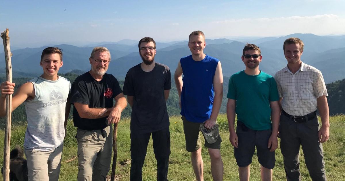 Parashka summit 1200w